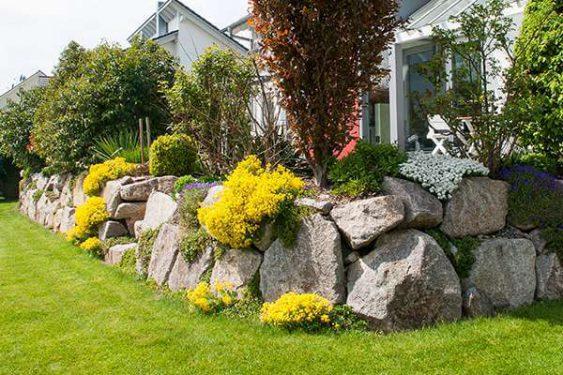 Rabatte mit Steinmauer » Braun Gartenform